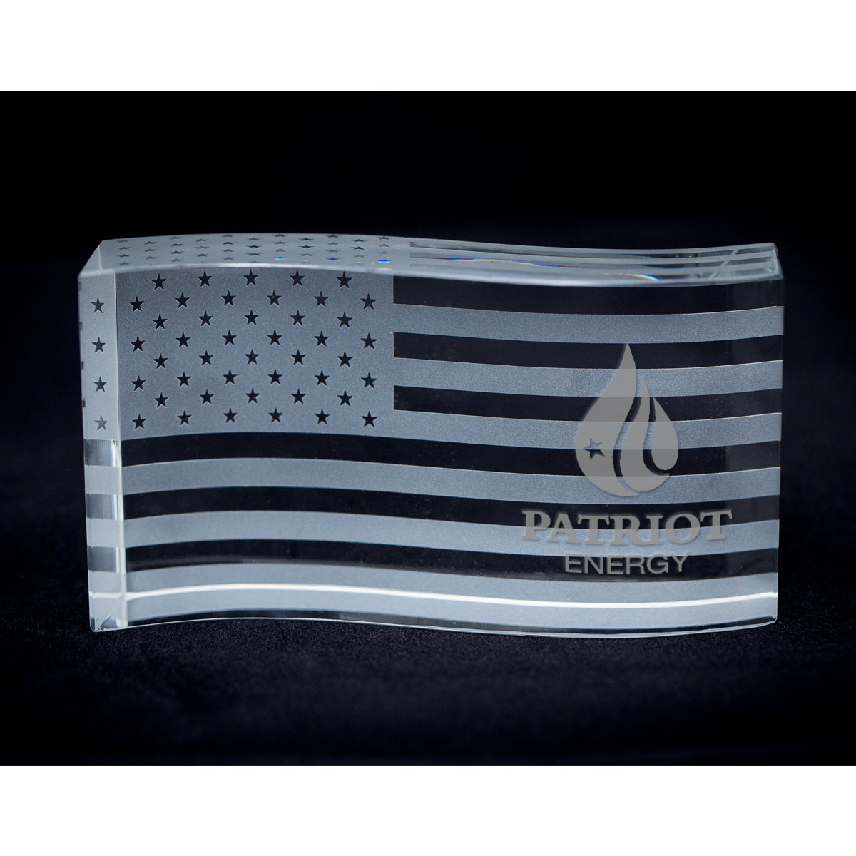 AMERICAN FLAG WAVE PAPERWEIGHT